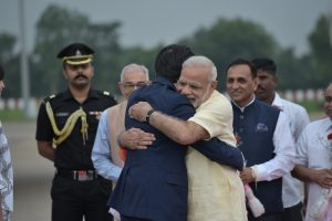 japan-gujarat-modi-welcome
